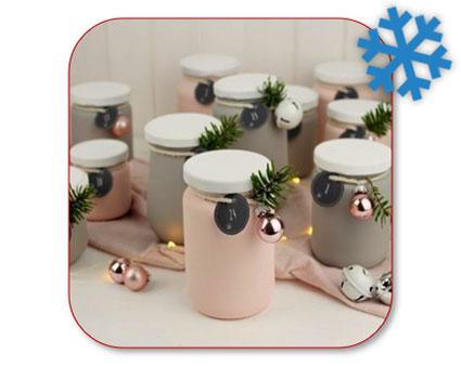 Adventkalender van petbokalen voor kerst